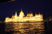 Danube night cruise: Parliament at night